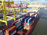 Чистый вывоз капитала из РФ уменьшился практически в 5 раз