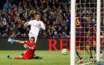 «Реал» вдесятером обыграл навыезде «Барселону» вматче чемпионата Испании пофутболу